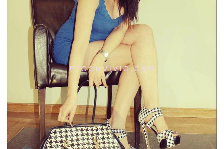 Mistress Sarah, dominadora experiente, ultra sexy 28 anos, beleza, refinamento e severidade ...